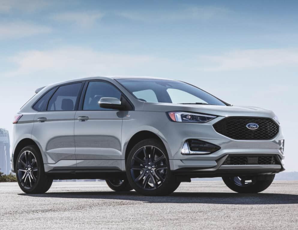 2021 silver ford edge